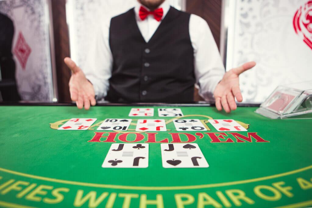 Un primo piano del tavolo di Poker Live